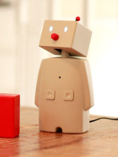 BOCCO - The Family Robot