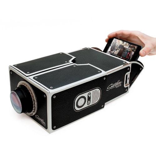 DIY Smartphone Projector 2