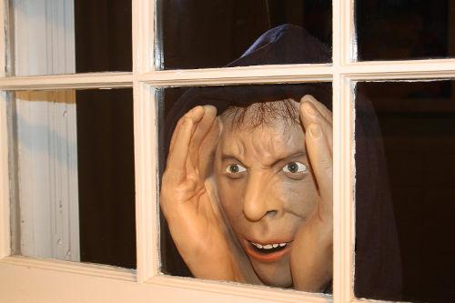 Deluxe-Vinyl Halloween Prank Novelty Prop Mask Peeping Tom 1