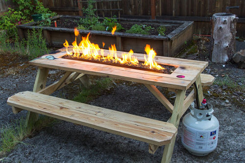 Fire pit picnic table agazoo for Concreteworks fire table