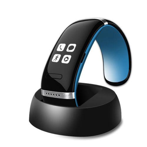 L12S OLED Bluetooth 3.0 Bracelet Wrist Watch 1