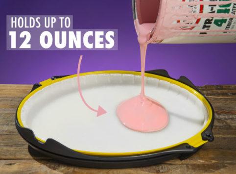 Mess-reducing anti-gravity painting tool 4
