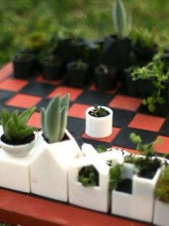 Micro Planter Chess Set 1