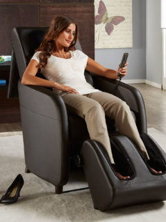 OSIM uStyle2 Massage Chair 1