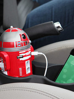 R2-D9 USB Car Charger 1
