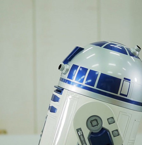 Remote-Control-R2-D2-Moving-Refrigerator-3