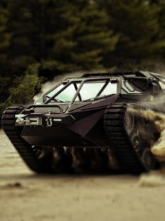 Ripsaw EV2 Extreme Vehicle 1