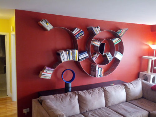Trailing Spiral Bookshelf 1